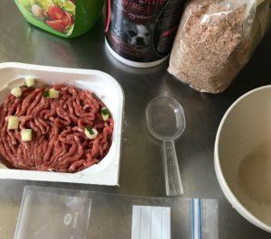 nourrir soi-même son chien